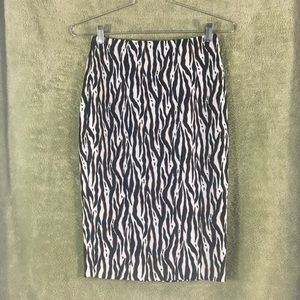 NWT-H&M Zebra Pencil Skirt-Size 6